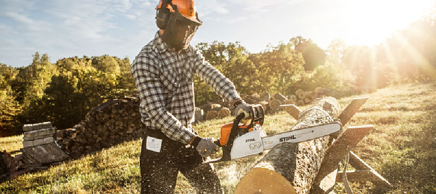 Stihl Chainsaws Power Equipment Service and Parts Pickering Dealer